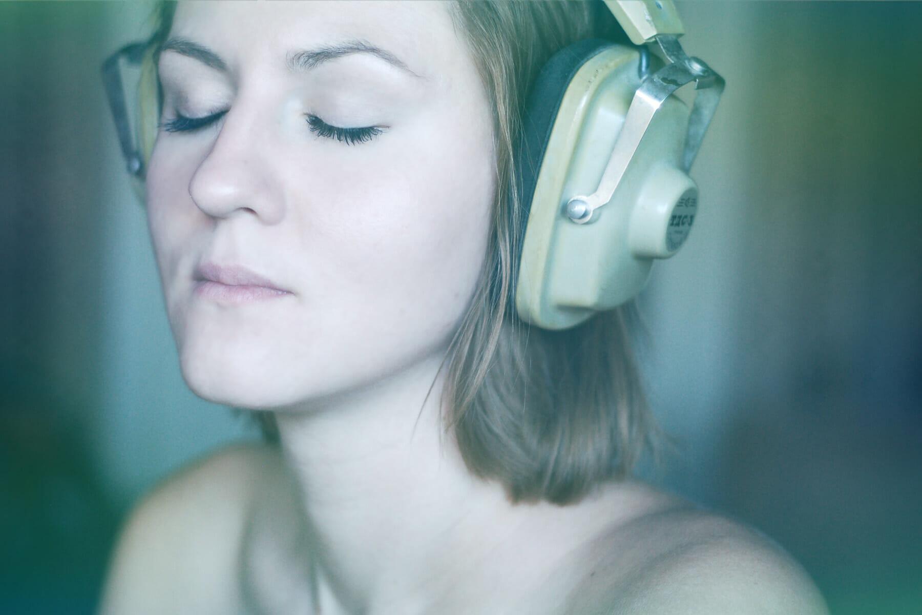 Podcasting: Wie dein Inhalt zu fremden Ohren kommt - tinkla.com